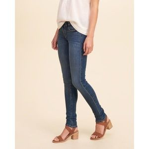 Dark-Wash • Mid Rise • Super Skinny Jeans